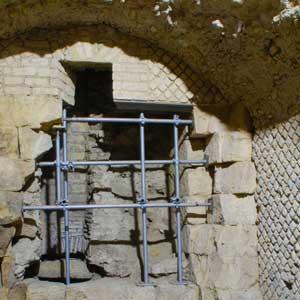 Cantieri di scavo archeologico e di restauro: recenti esperienze in Campania